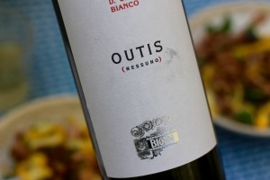 Biondi's Etna Bianco 'Outis' is perfect with this pasta.